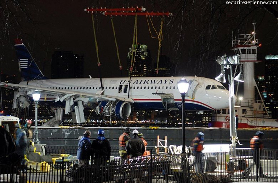 Crash Airbus US Air - New York - N106US