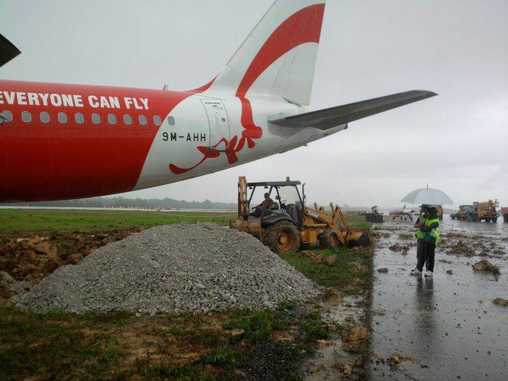 Air Asia - Sortie de Piste