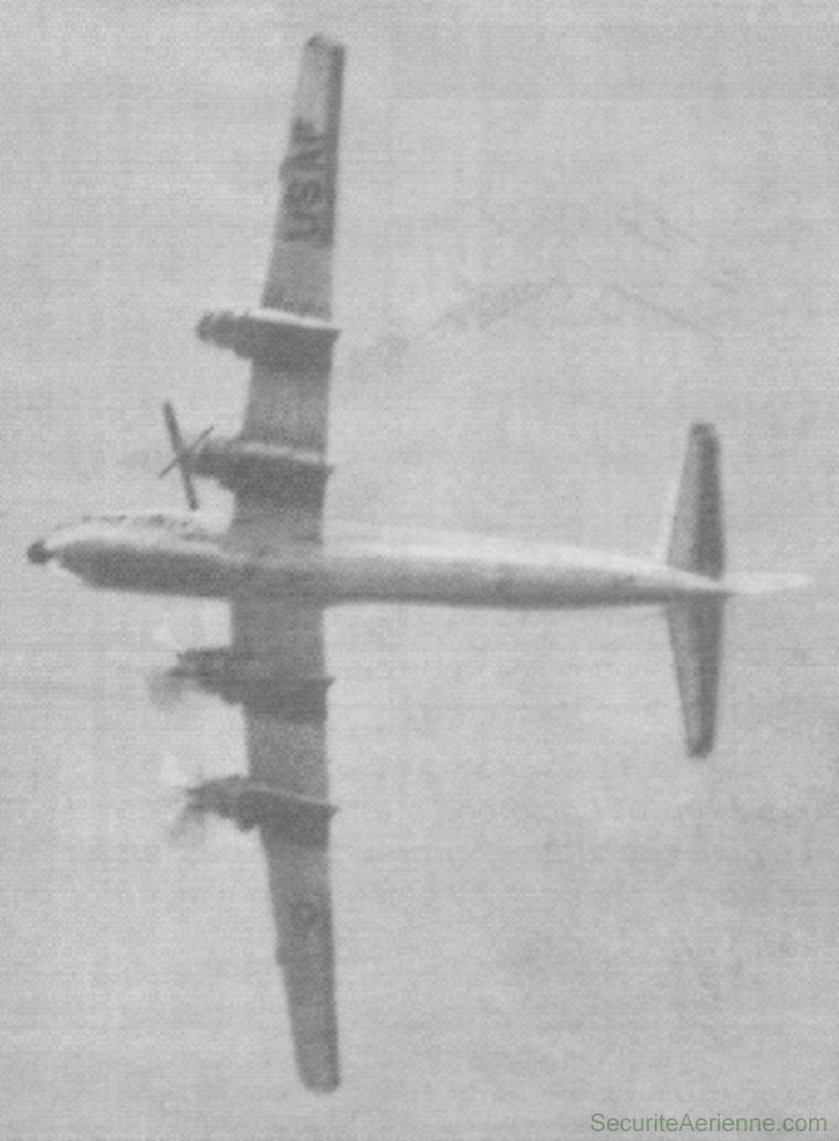 Remise de gaz N-2 Boeing 377