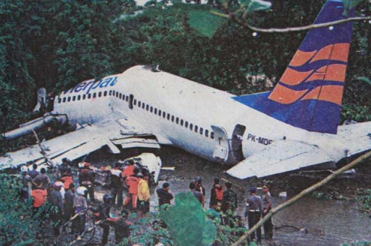 Boeing 737-300 sortie de piste.
