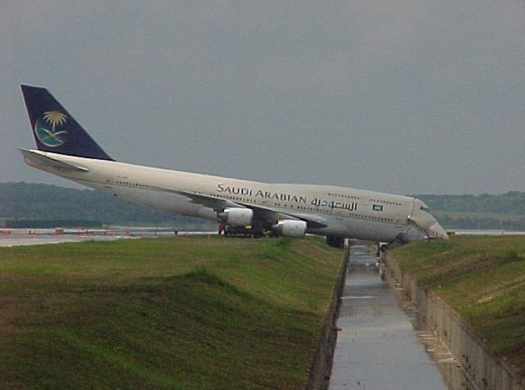 Sortie de piste Boeing 747 Saudian