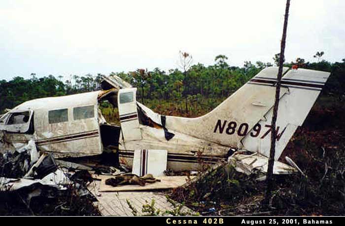 Cessna 402B N8097W