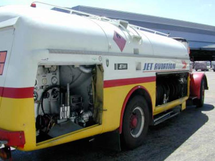 HB-LTC camion fuel JET A1
