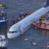 US Airways Vol 1549 : Amerrissage d'urgence au large de New York