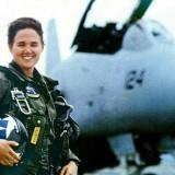 L'histoire du F-14 Tomcat – Accident de la Premiere Femme Pilote sur Porte-avions