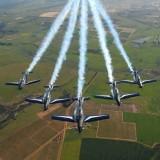 Civil dans un avion militaire : il tire la manette d'éjection par erreur