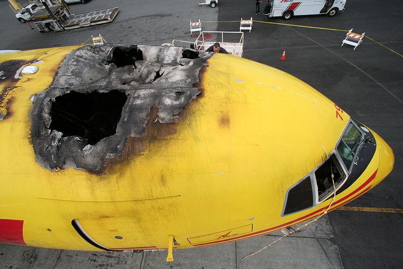 Feu-DHL-Boeing-767